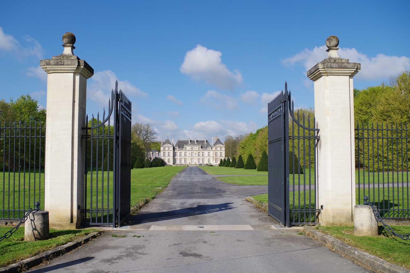 entrée-chateau-Raray